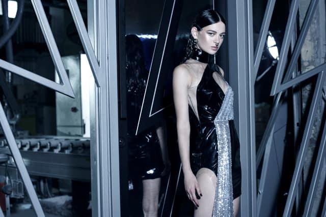 אלון ליבנה לרב בריח. צילום רון קדמי (5) אופנה, מגזין אופנה, חדשות אופנה, כתבות אופנה, Fashiom Magazine, Fashion, Efifo ,מגזין אופנה ישראלי, מגזין אופנה ועיצוב, עיתון אופנה, מגזין אופנה אונליין, טרנדים, סטייל