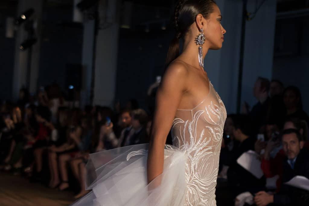 ברטה שמלות כלה. - צילום: האל מרטין. Efifo - מגזין האופנה של ישראל - 15