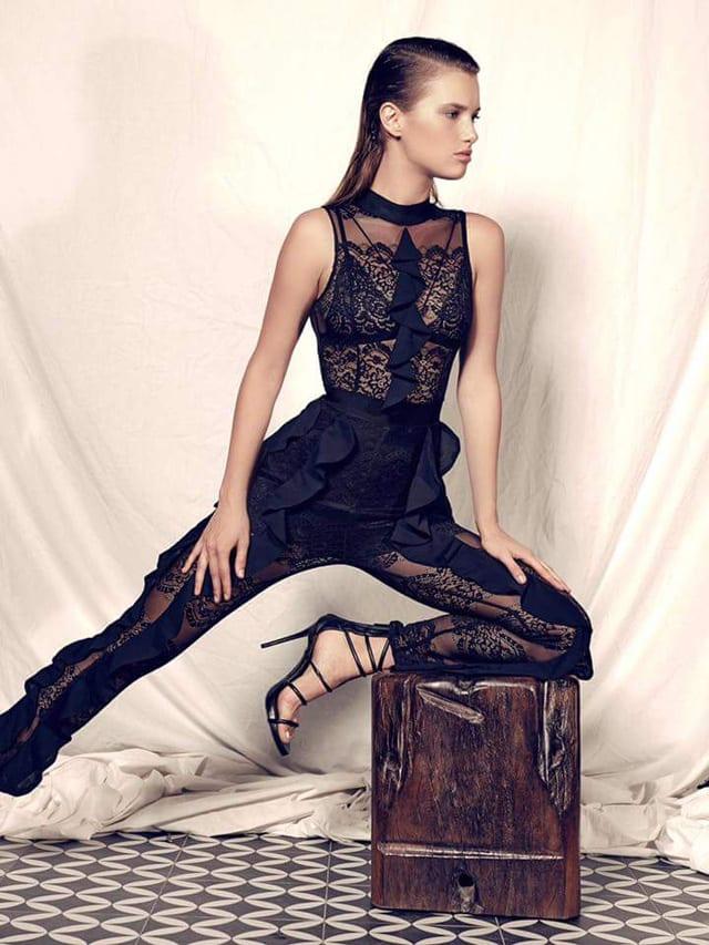 """בצילום: אופנה - ולריה לורן. צילום: שי קדם ל""""ארקטה"""""""