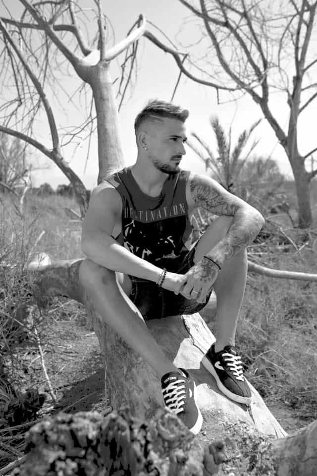 מאור בוזגלו. צילום: אלכס ליפשיץ - לי קופר. Efifo, מגזין אופנה ישראלי