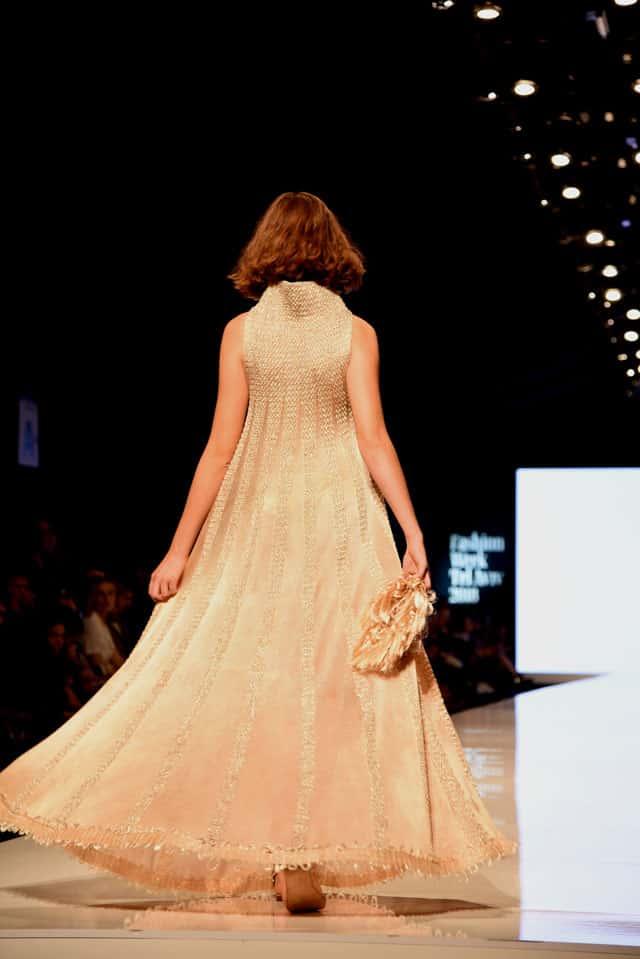 שבוע האופנה תל אביב. מוריאל דז'לדטי. צילום: לימור יערי -