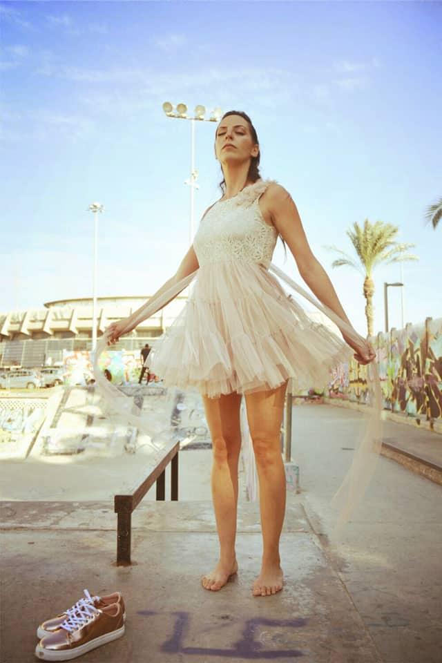 אופנה, מגזין אופנה, מגזין אופנה ישראלי, Efifo - מגזין האופנה של ישראל.סטיילינג: מירב פריזנט-לימודי סטיילינג ואופנה | שנקר לימודי חוץ. צילום: קארין רב-און, איפור: נוי הנדר, דוגמנית: אורטל צבר, FASHION, FASHION MGAZINE, סטייל - 9