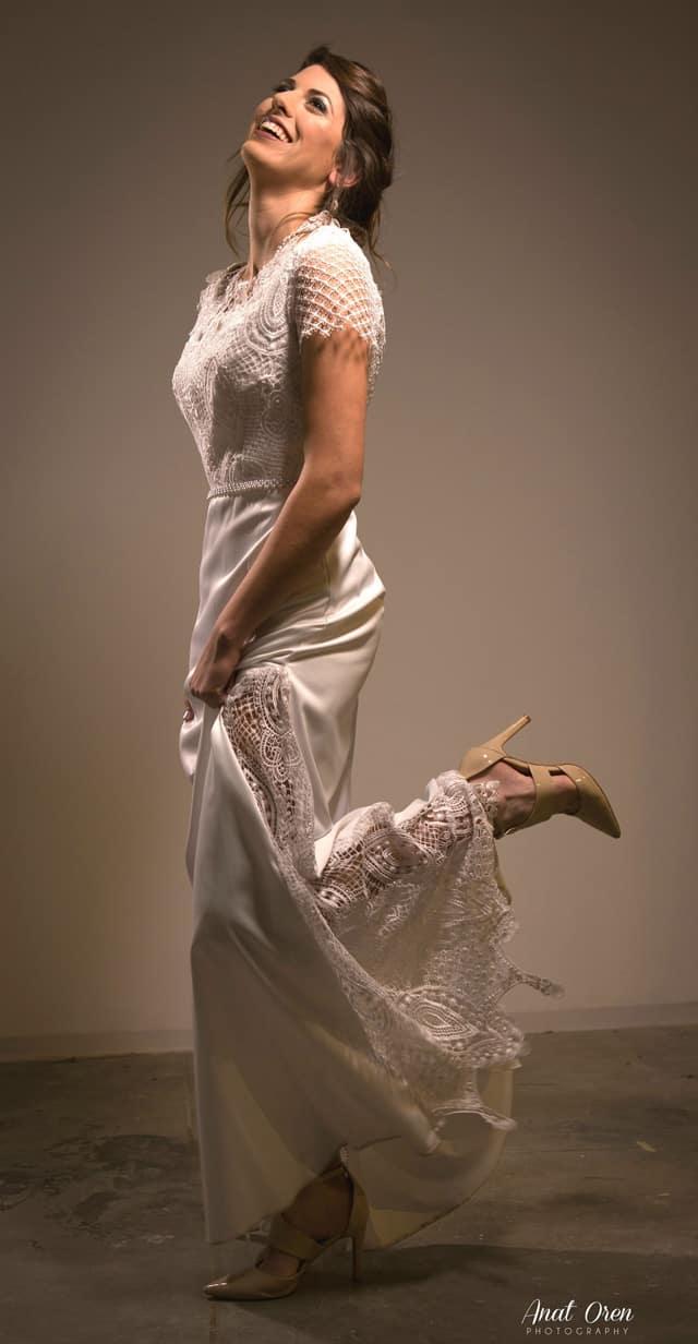 Efifo, מגזין אופנה ישראלי - יריד מקודשת. שמלה להשכרה של עדילי שמלות כלה. מחיר 2500 שקל. צילום: יח״צ