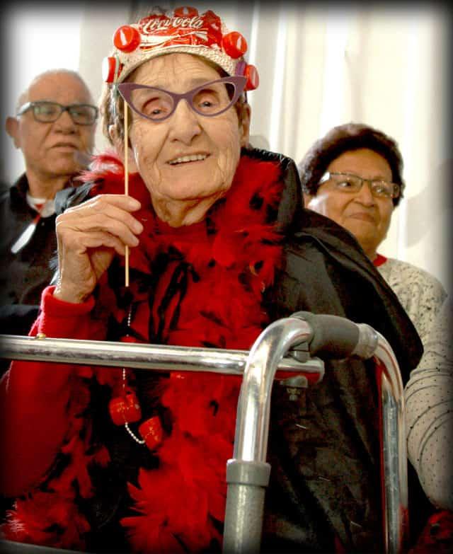 פורים 2018. צילומי מסיבת פורים של קשישים במרכז גונדה. צילום: יונתן אזולאי - 14