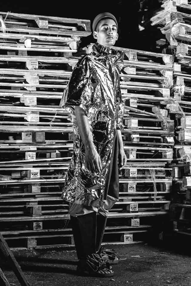 הפקת אופנה, עיצוב אופנה, בן זוהר, Ben Benzo Zohar, המחלקה לעיצוב אופנה, המרכז האקדמי ויצו חיפה, צילום: בן לאון, Ben Leon, סטיילינג: ניצן אברהם, Nitzan Avraham, דוגמן: מתן ביטון, Matan Biton, הפקה: אפי אליסי Effie Elisie - Efifo