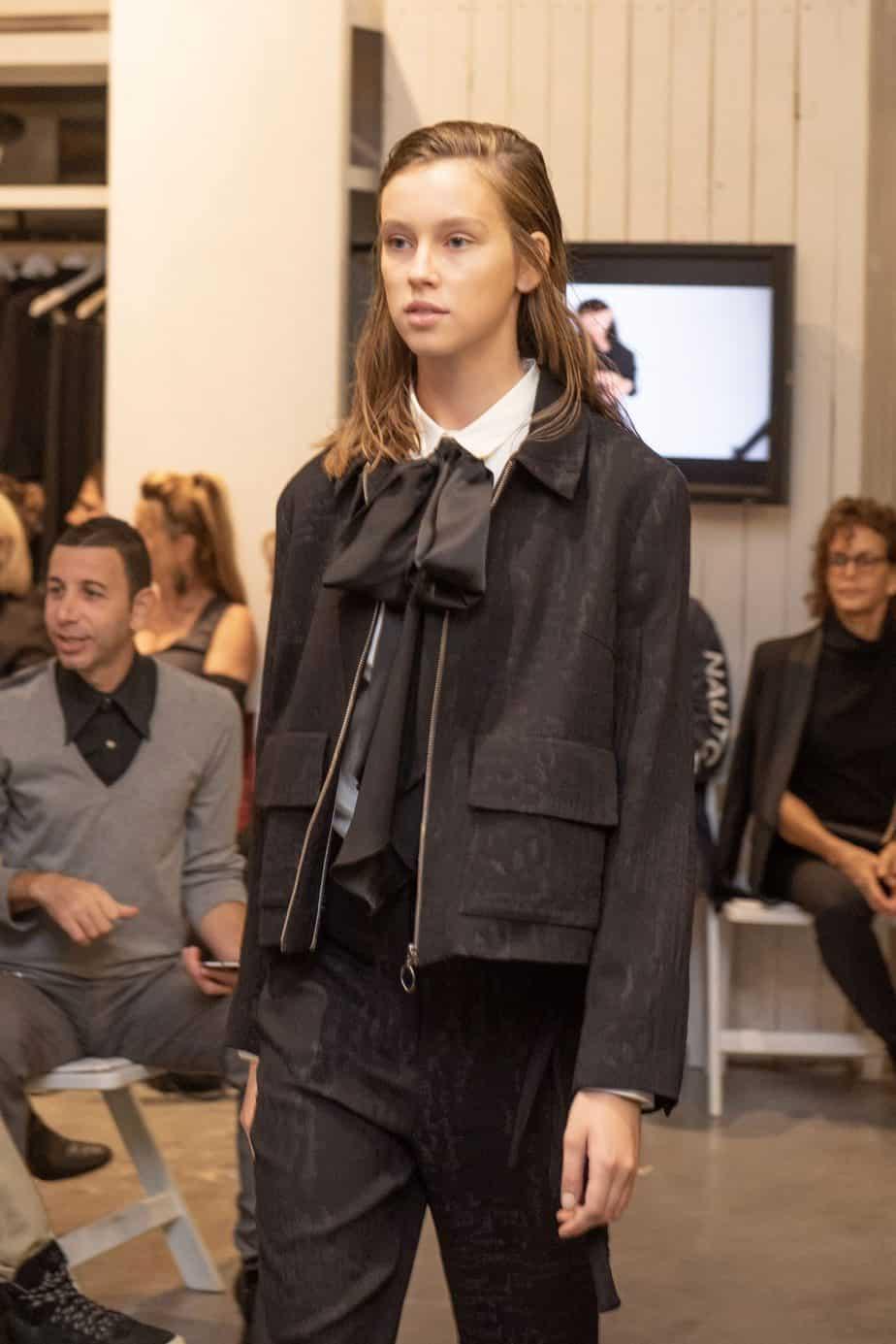 קום איל פו. תצוגת אופנה סתיו חורף 208-19. צילום: יניב לוי -385