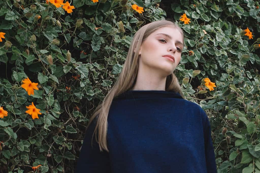 שמלת אליס אינדיגו, קימקה סטודיו 2018, צילום ליאור והדס