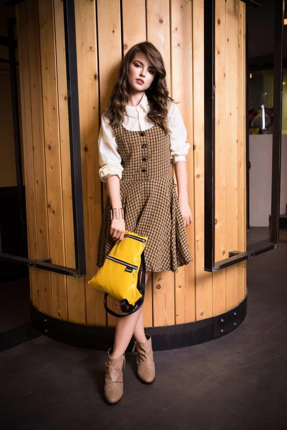 אאוטלט גילדת המעצבים דיזנגוף סנטרֹ_ מחיר מעיל 450שח מחיר שמלה 200שח צילום מני פל (2)