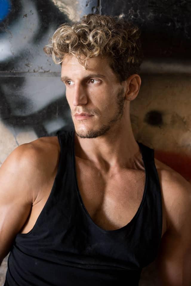 Efifo - מגזין אופנה של ישראל. דוגמן: אור זהבי,סוכנות: Ronen Or Zarfati, צילום: מיטל אזולאי - 3