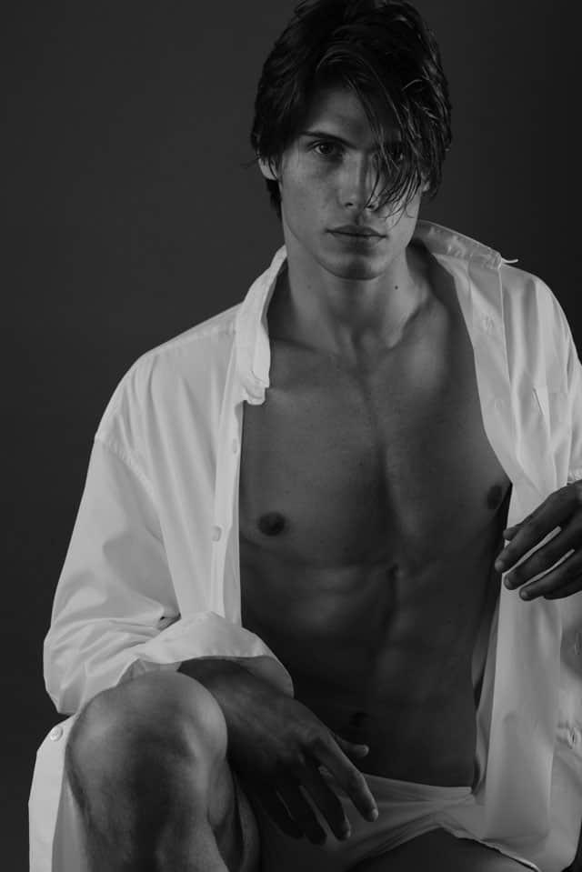 Efifo - מגזין אופנה ישראלי, דוגמן: אנטון דוידסון, סוכנות Mc2 Model Management, צילום: משה אהרון -3