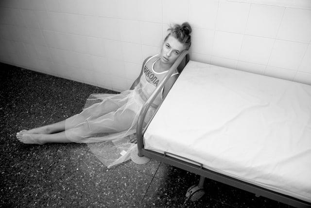בתמונה: ״אברבנאל״. המסדרון. עיצוב אופנה: ארקטה