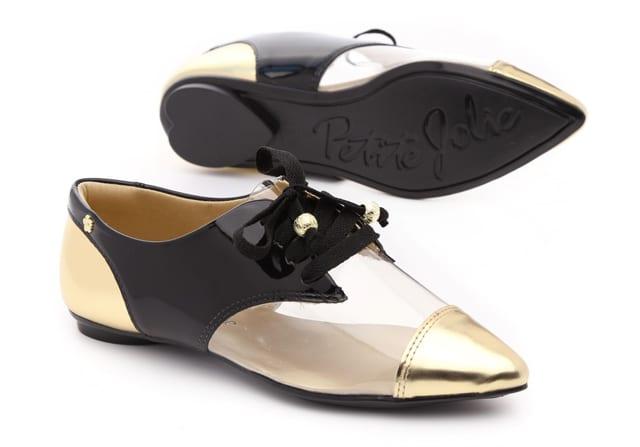 בצילום: בלעדי ל-FETISH. נעלי petite jolie. מחיר 349 שקל. צילום: עמירם בן ישי
