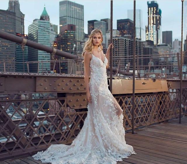 בצילום: שמלת כלה של גליה להב, צילום: יחצ