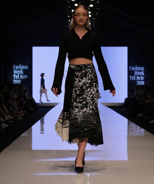 שבוע האופנה תל אביב. דנה כהן. צילום: אבי ולדמן -2