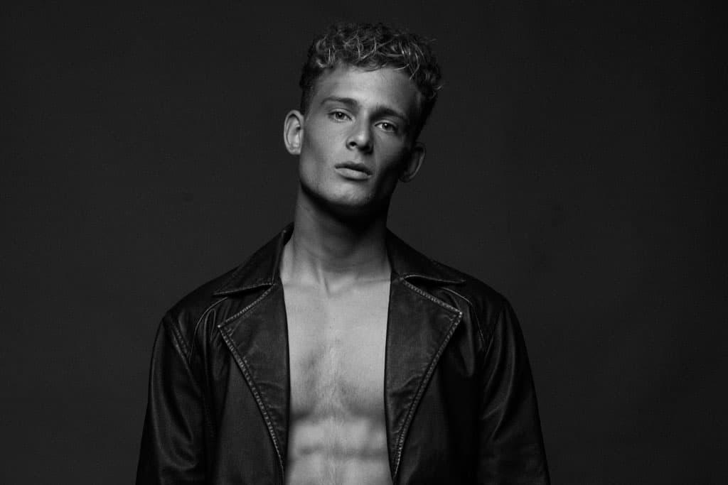 Efifo - מגזין אופנה ישראלי, דוגמן: דניאל שדה, סוכנות: Passion Management, הפקה וצילום: גלעד קבלרו - 81