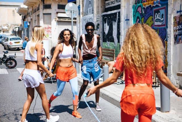 הודיס, סניקרס, מגזין אופנה, מגזין אופנה ישראלי, מגזין אופנה אונליין, אופנה, Efifo, Fashion, Fashion Magazine1