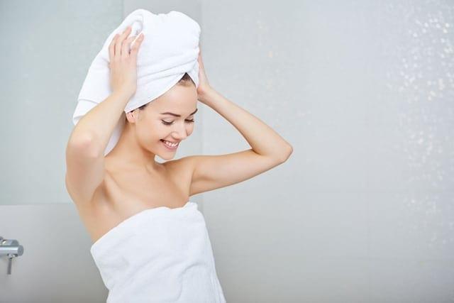 טיפים לטיפוח השיער בעזרת מוצרים טבעיים. באדיבות ד״ר להבית אקרמן. צילום יח״צ