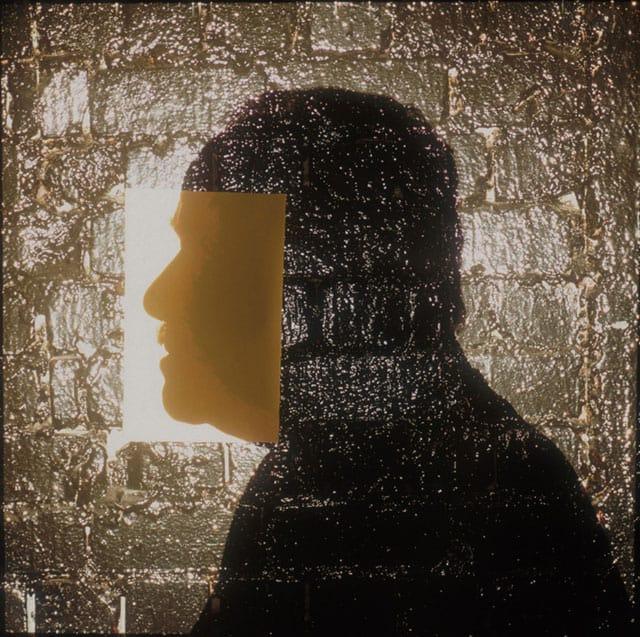 בצילום: יצחק שמיר, ראש ממשלה. מתוך: ״הישראלים״, מעריב 1996. צילום: מיכה קירשנר