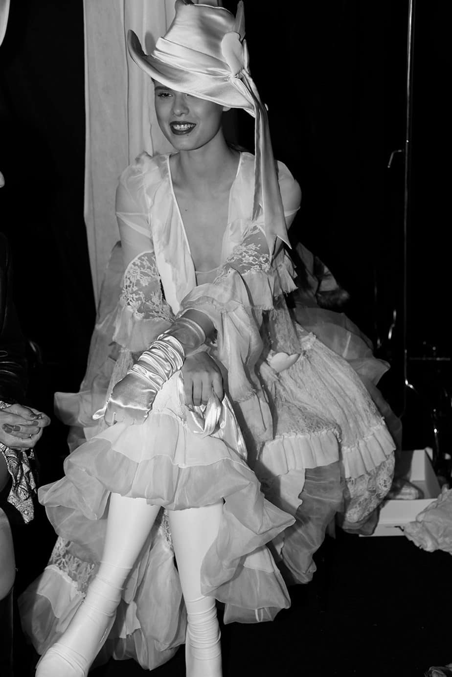 לנה מ-mc2 בשמלת כלה של ויוי בלאיש. צילום: לימור יערי, אופנה, חדשות אופנה, כתבות אופנה, Fashiom Magazine, Fashion, Efifo ,מגזין אופנה, מגזין אופנה ישראלי, מגזיני אופנה ישראלים