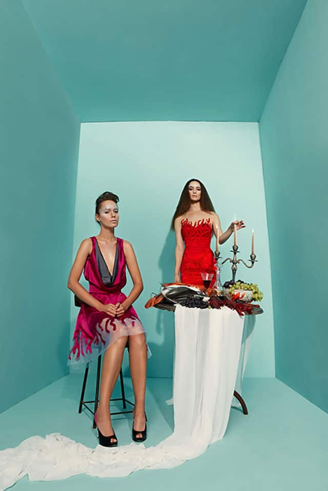 בצילום: שמלה של מאור צבר. צילום: הילה שייר - 7