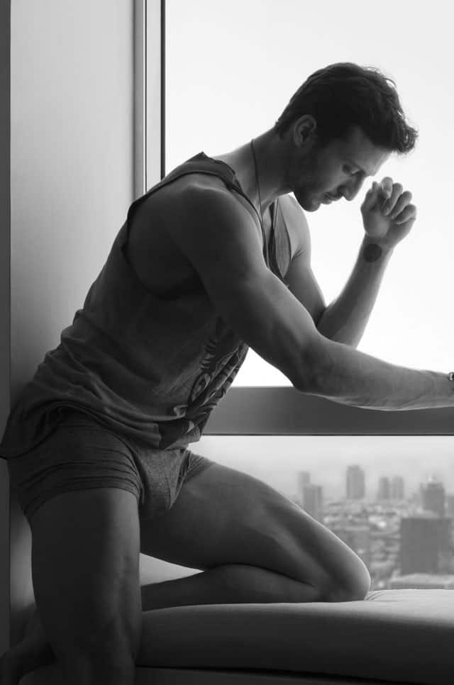 Efifo - מגזין אופנה ישראלי - דוגמן:מייקל לואיס, סוכנות:אלינור שחר- ניהול אישי, צילום:ניסים יצחק -1