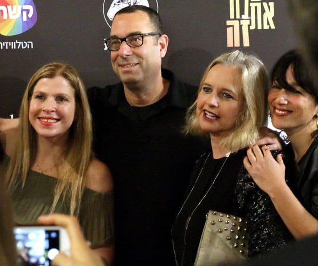 מיכל מונצז, קרני זיו (מנהלת הדרמה של קשת), אבנר ברנהיימר ודנה עדן בפרמיירת יש לה את זה, Efifo, מגזין אופנה, אופנה,
