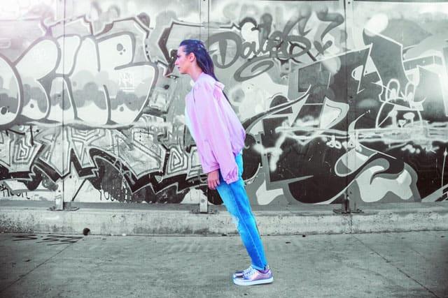 ג׳קט ונעליים: Yanga, טופ: סטורי, ג׳ינס: טופשופ, אופנה, מגזין אופנה, מגזין אופנה ישראלי, Efifo - מגזין האופנה של ישראל.סטיילינג: מירב פריזנט-לימודי סטיילינג ואופנה   שנקר לימודי חוץ. צילום: קארין רב-און, איפור: נוי הנדר, דוגמנית: אורטל צבר, FASHION, FASHION MGAZINE, סטייל - 6