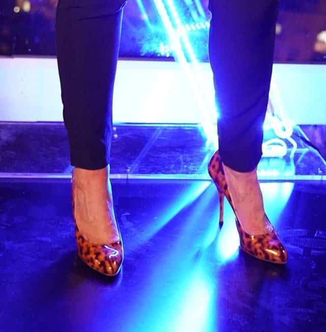 נעליים של מעושרות. צילום בן לאון, אופנה, מגזין אופנה, חדשות אופנה, כתבות אופנה, Fashiom Magazine, Fashion, Efifo ,מגזין אופנה ישראלי, מגזין אופנה ועיצוב, עיתון אופנה, מגזין אופנה אונליין, טרנדים, סטייל