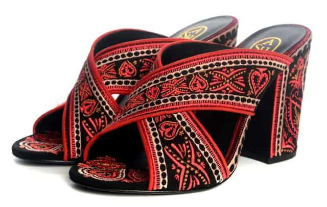 נעלי פלטפורמה. רשת עמנואל. צילום יחצ