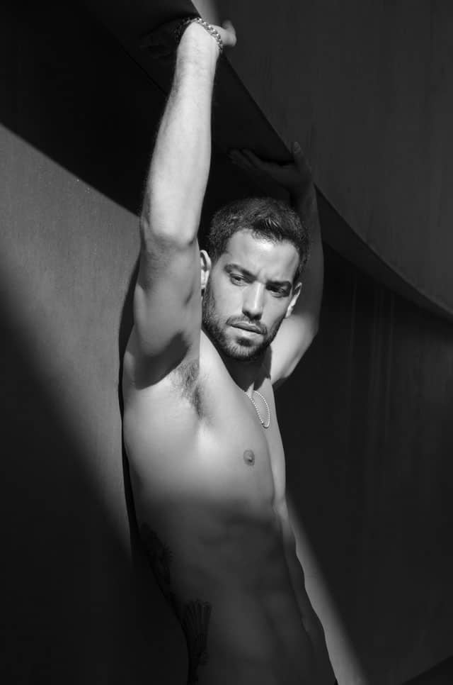 Efifo, מגזין אופנה ישראלי - דוגמןעומרי בן נתן, צילום ניסים יצחק, סוכנות רונן אור צרפתי - אופנה -