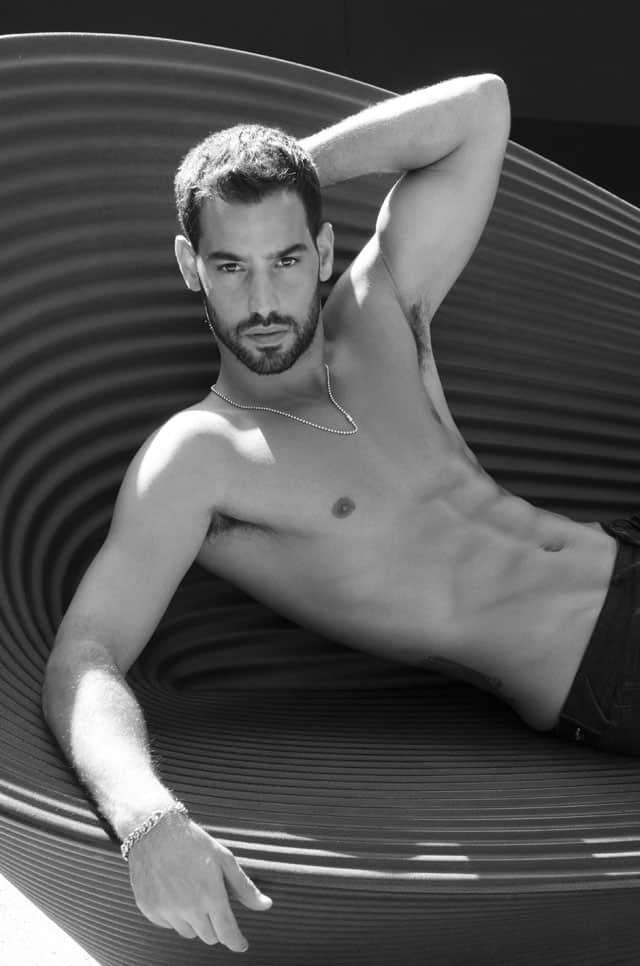 Efifo, מגזין אופנה ישראלי - דוגמןעומרי בן נתן, צילום ניסים יצחק, סוכנות רונן אור צרפתי - אופנה - 2