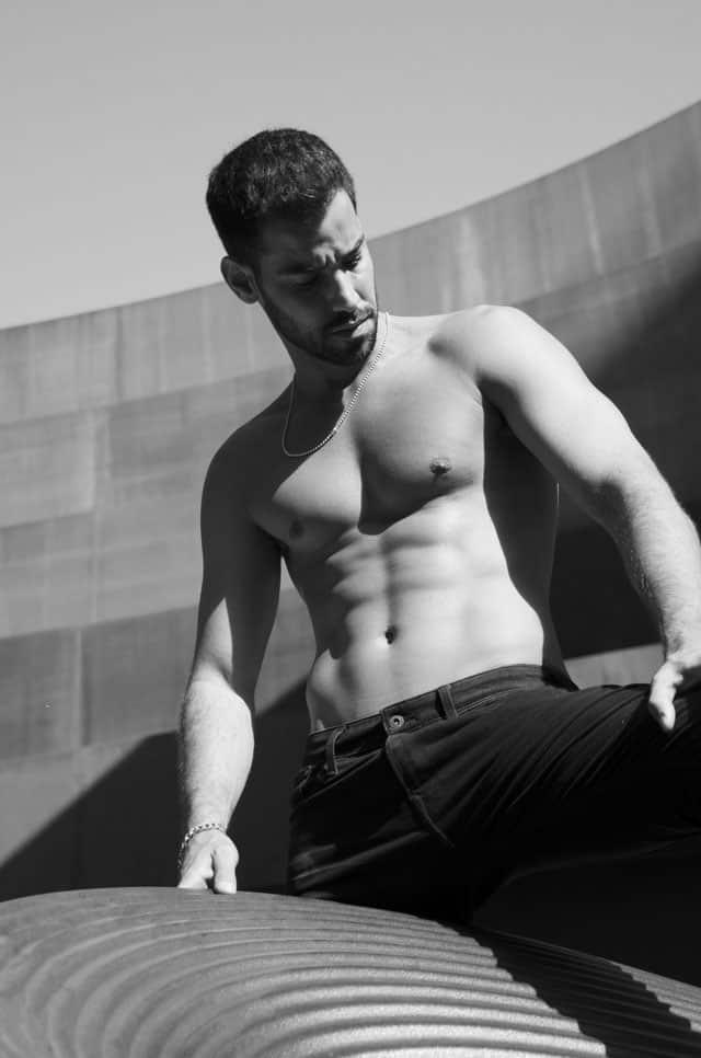 Efifo, מגזין אופנה ישראלי - דוגמןעומרי בן נתן, צילום ניסים יצחק, סוכנות רונן אור צרפתי - אופנה - 6