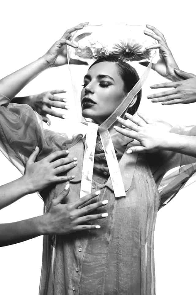 הפקת אופנה - ביוטי: צילום: אלכסבןארי & דוידדהן (alex and david), סטיילינג: ניצןאברהם (Nitzan Avraham), איפור: עדיהגיגיאברג'יל (Edia Abargil), דוגמניות: מיריואליענהל-Passion Management,אופנה, מגזין אופנה, חדשות אופנה, כתבות אופנה, Fashiom Magazine, Fashion, Efifo ,מגזין אופנה ישראלי, מגזין אופנה ועיצוב, עיתון אופנה, מגזין אופנה אונליין, טרנדים, סטייל - 66
