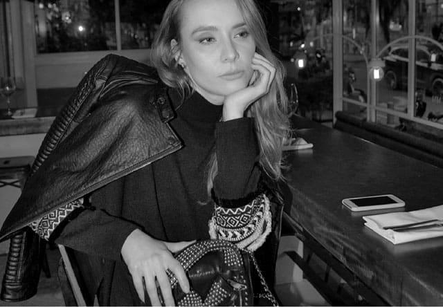 בתמונה: צילום מיטל אזולאי, סטייליסטית עופרי בלהדונה, מאפרת מאיה אפרת, דוגמנית Olga ovcharenk, מגזין אופנה, מגזין אופנה ישראלי, Efifo, Fashion, Fashion Magazine, אופנה - 8