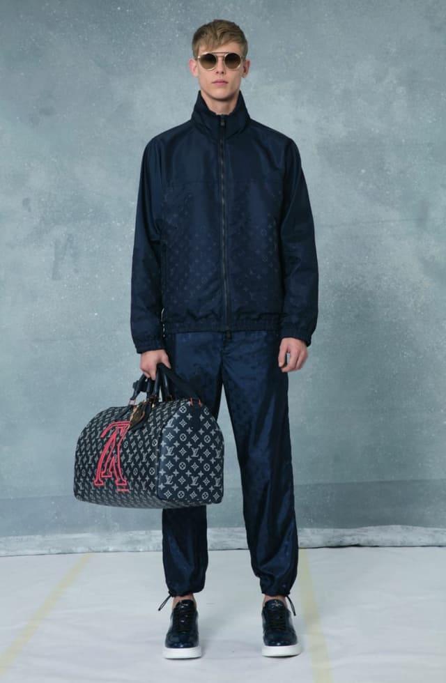 קולקציית בגדי הגברים לחורף 2018-2019 ל-Louis Vuitton בעיצובו של המנהל האמנותי קים ג'ונס. צילום: לואי ויטון מלטייר, אופנת גברים, בגדי גברים, אופנה, מגזין אופנה, מגזין אופנה ישראלי - 8