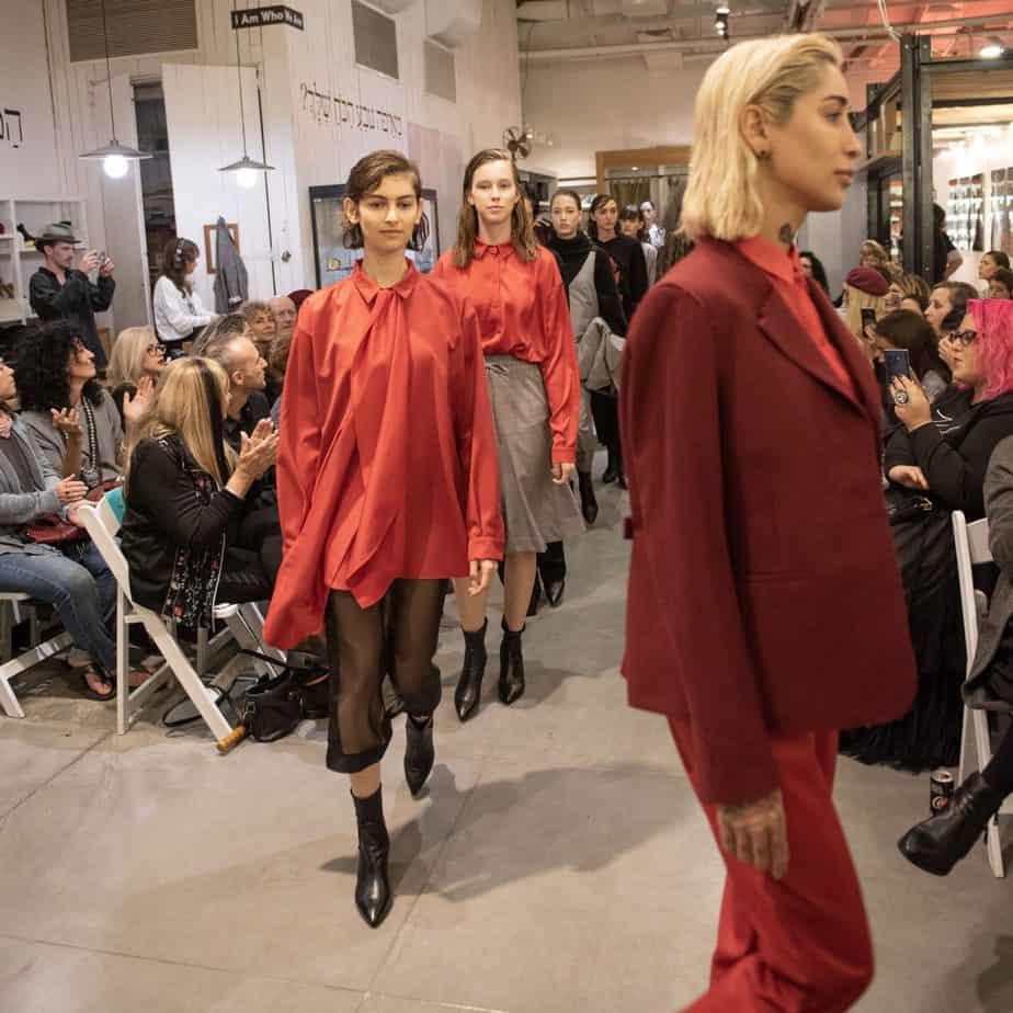 קום איל פו. תצוגת אופנה סתיו חורף 208-19. צילום: יניב לוי -3