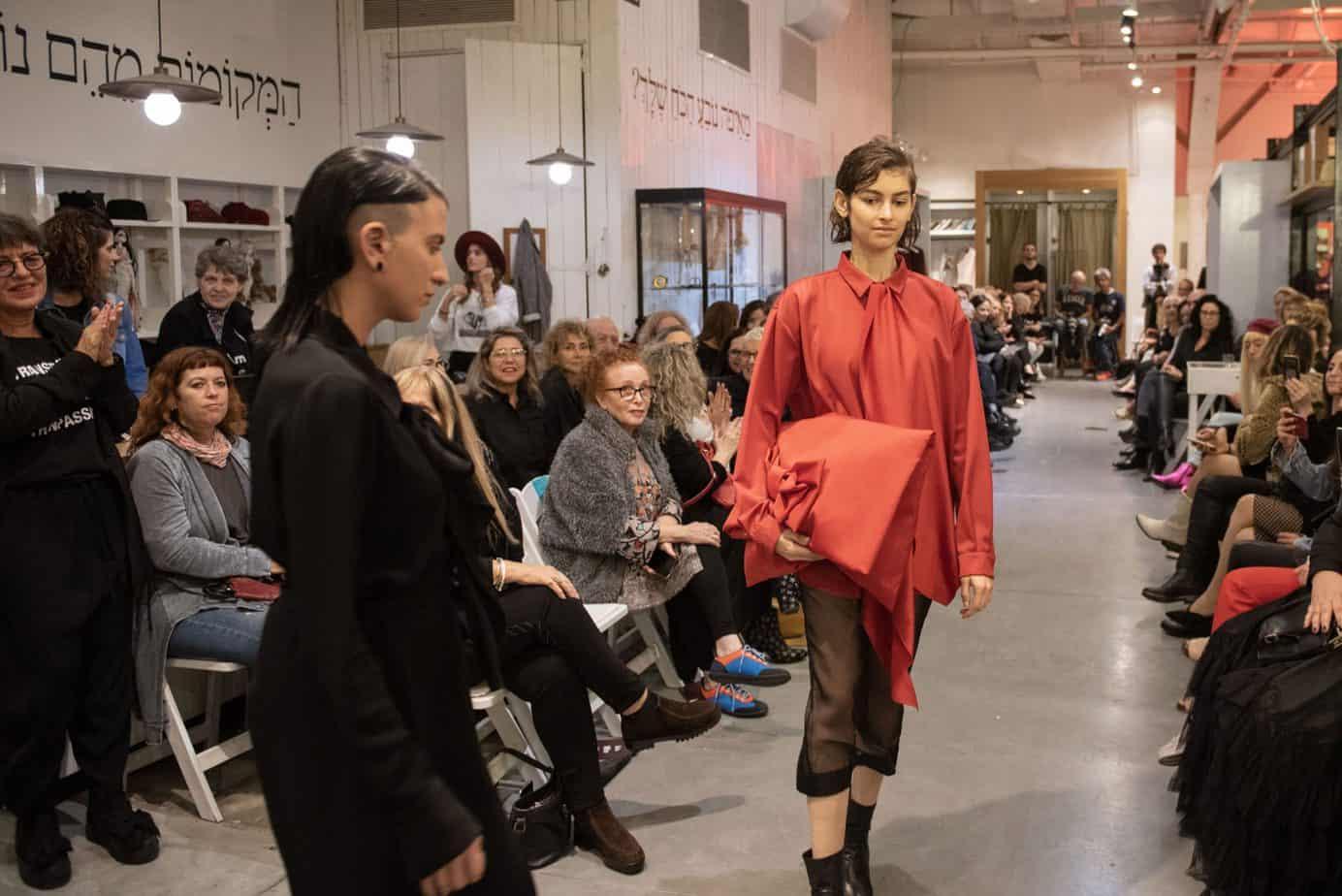 קום איל פו. תצוגת אופנה סתיו חורף 208-19. צילום: יניב לוי -2