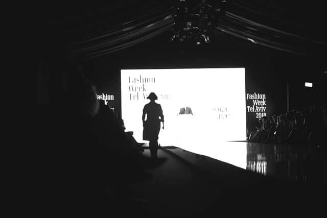 הופכות את היוצרות. שבוע האופנה תל אביב 2018. צילום: קרן שאוס -4