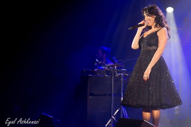 בצילו: ריטה בשמלה שעיצבה לה ענבל דרור. צילום: יח״צ -1