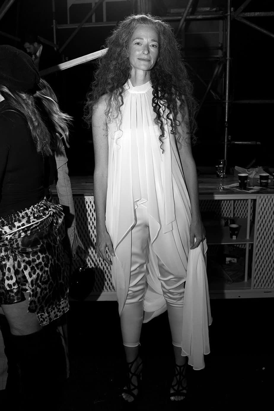 רייצ'ל בשמלת כלה של ברק להב. צילום: לימור יערי, אופנה, חדשות אופנה, כתבות אופנה, Fashiom Magazine, Fashion, Efifo ,מגזין אופנה, מגזין אופנה ישראלי, מגזיני אופנה ישראלים