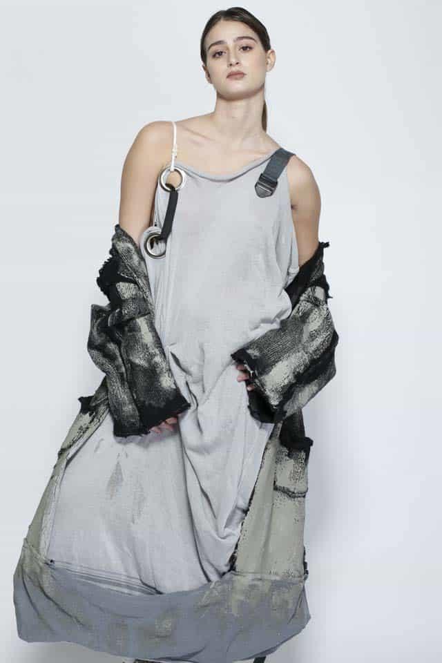 שירה דביר קורס סריגים שנקר. צילום: דניאל בן-שושן. Efifo - מגזין האופנה של ישראל