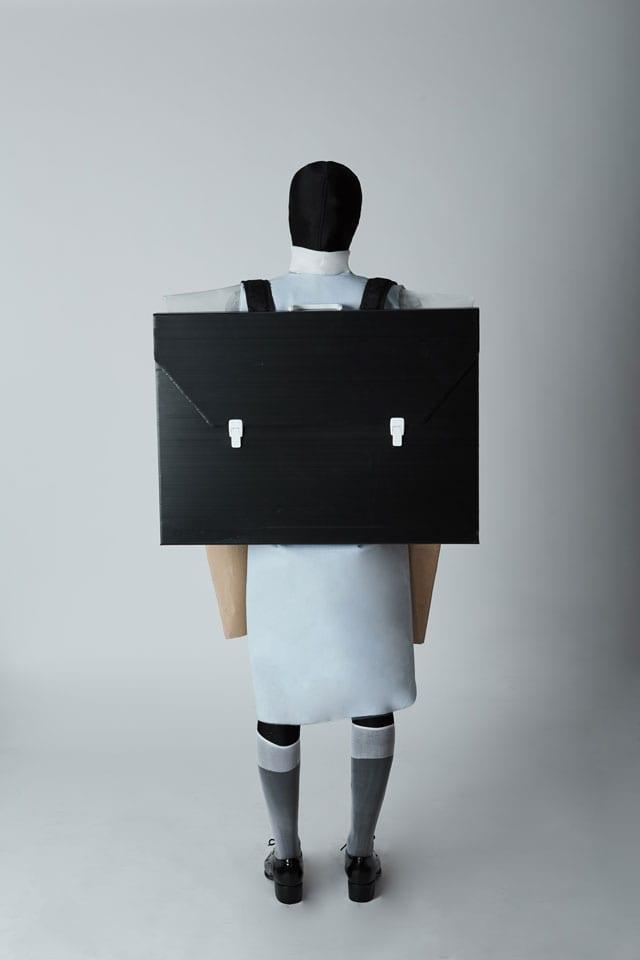 אופנה: ניר חצרוני. ״נוכח נעדר״. קפסולה 0002