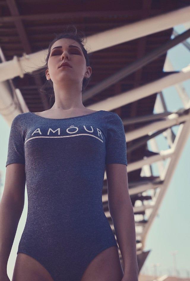 WOMEN FASHION: Under the bridge By Roei Sarusi -EFIFO,אתר אופנה, סטייל, טרנד, אופנה EFIFO ,צילום, fashion, style, trend, נעליים, חולצה, מכנסיים, ז׳קט, שורט, בגד ים שלם, אפיפו אתר אופנה-5