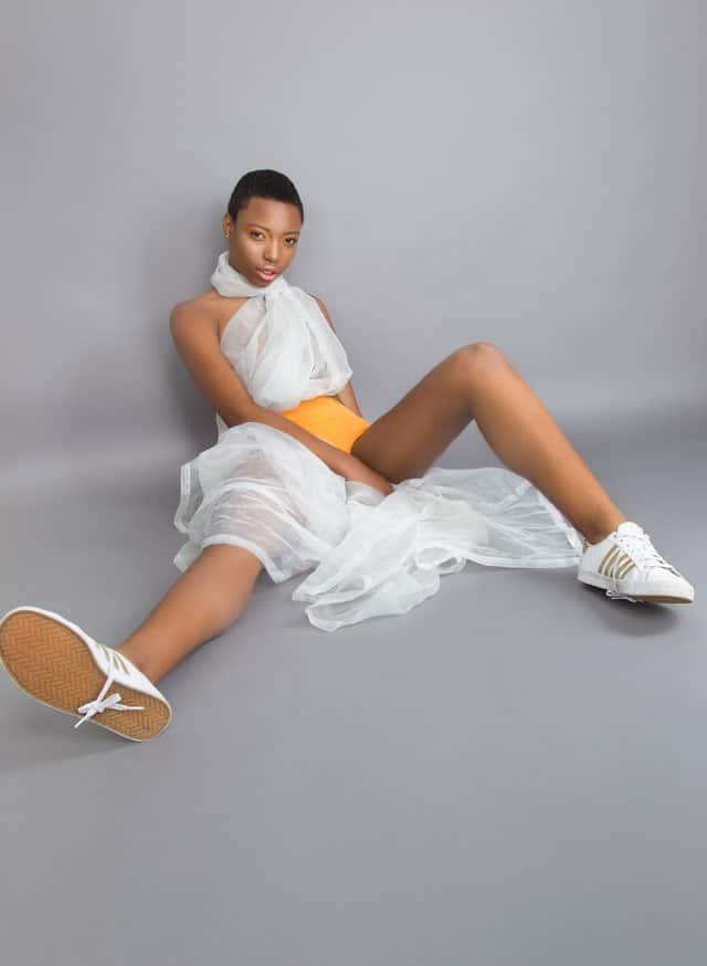 בצילום: Fashion - Fashion Magazine: Photography:Liza Andrews, Styling:Ofry Beladona, Model: Dayana Lafargue,Makeup Artist: Valerie Wang-4