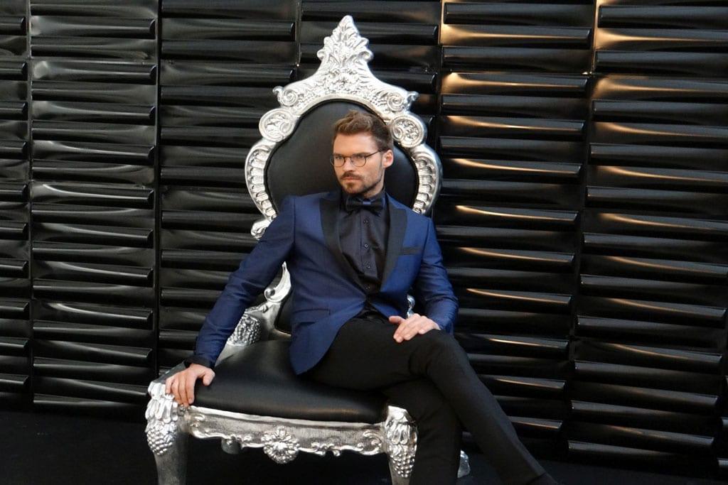 """כוכב """"אמזונס"""" אילן אוספליק בקמפיין אופנה ראשון למעצבת דורין סגול-1"""