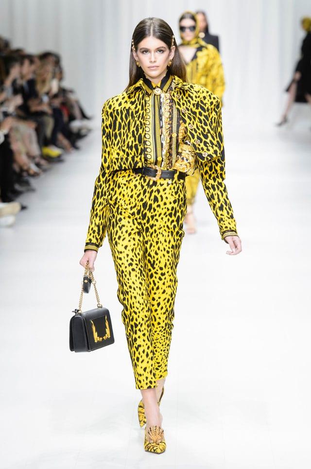 בתמונה: תצוגת Versace. אביב 2018. צילום יח״צ חו״ל-14