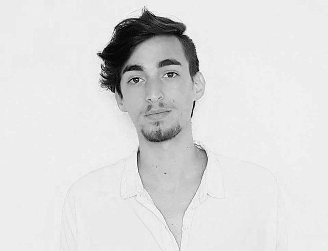 בצילום: ניר חצרוני סטודנט לעיצוב אופנה, המרכז האקדמי ויצו חיפה