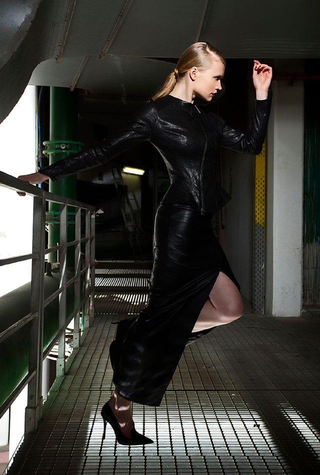 ״סרט שחור או האישה שלא היתה״. אופנה בסגנון פילם נואר-7
