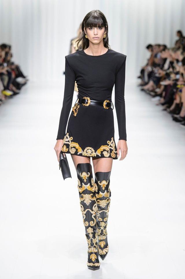 בתמונה: תצוגת Versace. אביב 2018. צילום יח״צ חו״ל-13