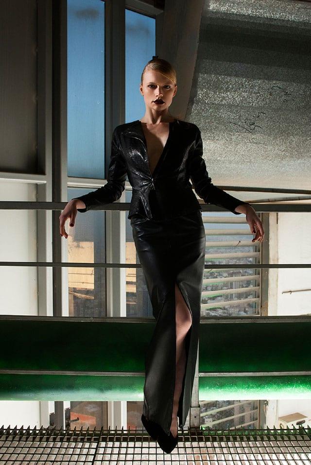״סרט שחור או האישה שלא היתה״. אופנה בסגנון פילם נואר-5